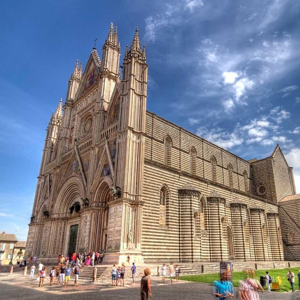 Italy_Duomo_di_Orvieto_Cathedral